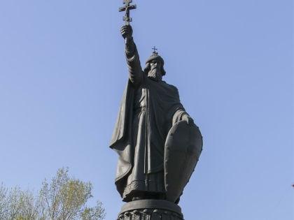 Памятник Князю Владимиру // Николай Гынгазов / Russian Look