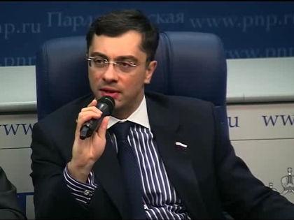 Владимир Гутенев с ноября 2012 года входит в состав Комиссии при президенте РФ по развитию авиации общего назначения // Кадр YouTube