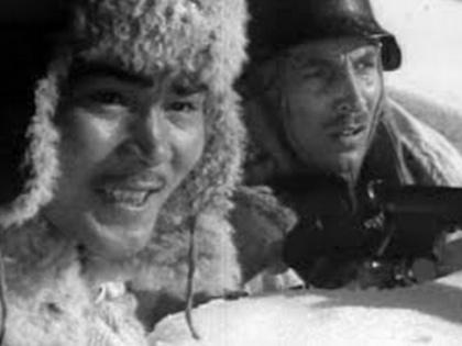 На базе Алма-атинской киностудии художественных фильмов было решено создать ЦОКС — Центральную Объединённую Киностудию // Стоп-кадр YouTube