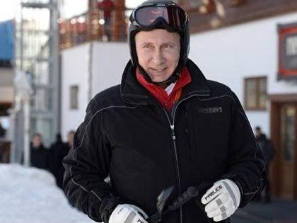 В Кремле готовы раскошелиться на 341.820 рублей за обучение 12 охранников Путина // Стоп-кадр YouTube