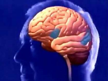 У пациентов среднего возраста и пожилых основными причинами инсульта являются атеросклероз и повышение артериального давления // Стоп-кадр YouTube