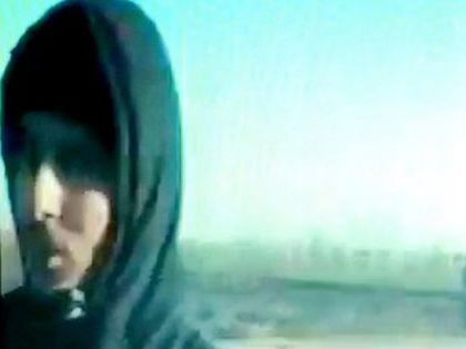 Джихади Джон обещает вернуться в Британию, чтобы заняться казнями там // Скриншот видео ИГИЛ