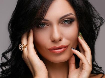 Виктория Снисаренко // viktoriyasnisarenko.com