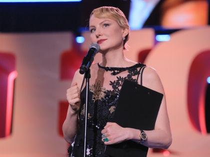 Ведущая церемонии открытия Рената Литвинова // пресс-служба кинофестиваля