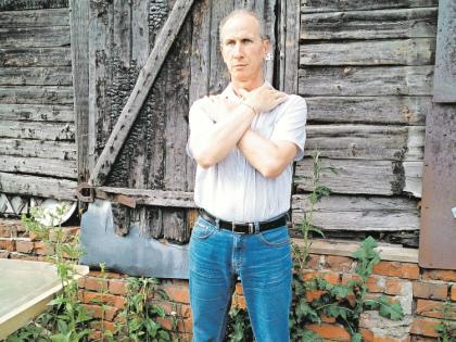 По словам Игоря Бочарова, его душил гибэдэдэшник. Суд решил, что все было наоборот // из личного архива