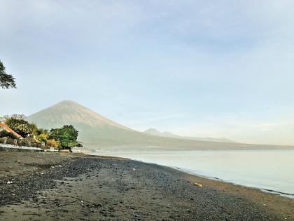 Священный вулкан Агунг // из личного архива