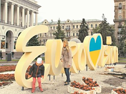 Киев – по-прежнему двуязычный город. Но отношение к россиянину может быть настороженным // Константин Баканов