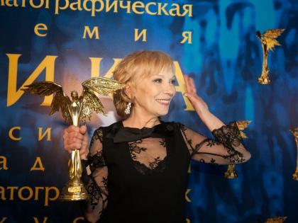 Елена Коренева // Александра Зотова
