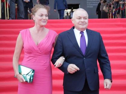 Дмитрий Киселев биография, фото, личная жизнь и его жена 2018