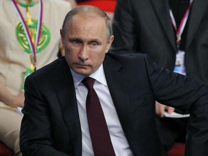Указы Владимира Путина формально будут выполнены? // Russian Look