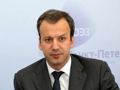 Дворкович отметил, что разрабатываются поправки в закон о торговле //  Russian Look