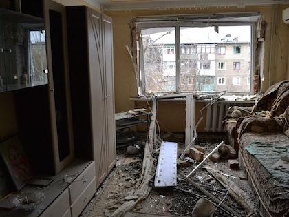 Украинские силовики взяли штурмом поселок Логвиново //  Russian Look