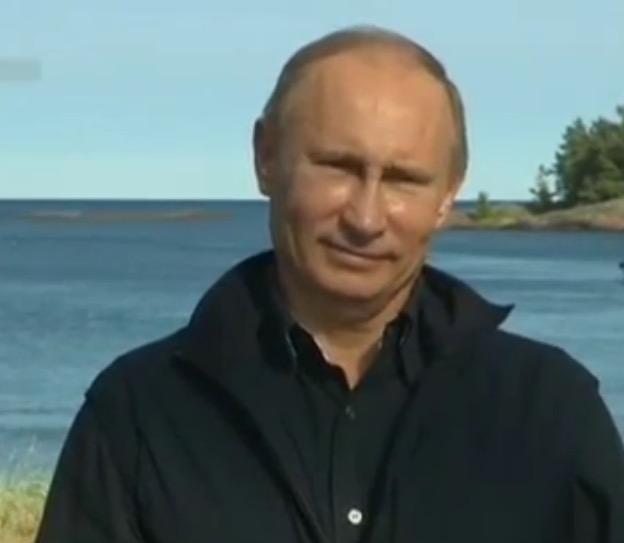 Владимир Путин всплыл в Черном море // Стопкадр/Youtube