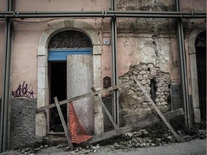 В Италии ожидают новых землетрясений // Manuel Romano / ZUMAPRESS.com