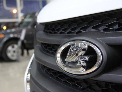 Lada Granta Luxe теперь оснащается 8-клапанным мотором и новой панелью приборов с климат-контролем // Jordi Boixareu / Global Look Press