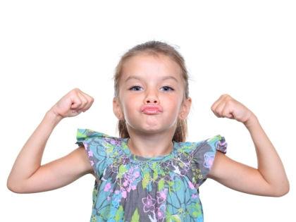 Внушительная мышечная масса защищает кости ребенка от переломов // Global Look Press