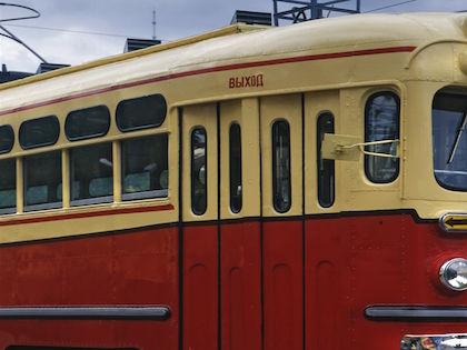 Троллейбус № 5 следует по маршруту «Городской аэропорт — Ул. Ленинградская» // Константин Кокошкин / Russian Look
