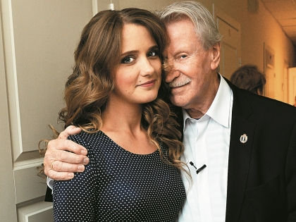 Брак Краско с девушкой, которая младше его 60 лет, шокировал многих // PhotoXpress