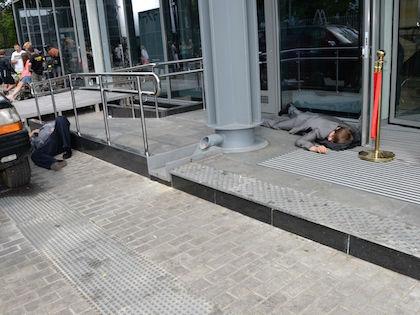 Преступник выстрелил в себя и был госпитализирован в больницу //  Анатолий Ломохов / Russian Look