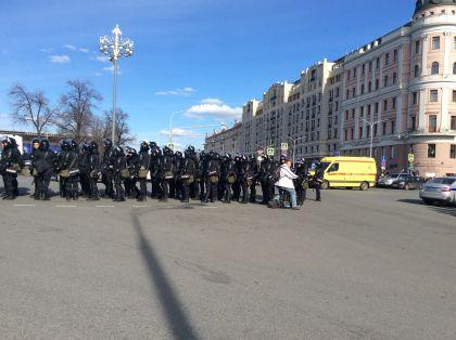 Задержания на Пушкинской площади // Валерий Ганненко / Sobesednik.ru