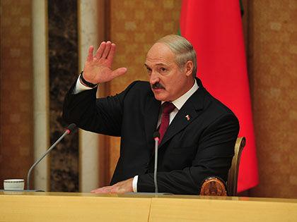 Александр Лукашенко готов распрощаться с партнёрами по ЕАЭС, если они нарушат достигнутые договорённости // Russian Look