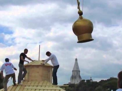 Владимир Ресин предложил реконструировать «ненужные городу» ветхие здания под храмы // Стоп-кадр YouTube