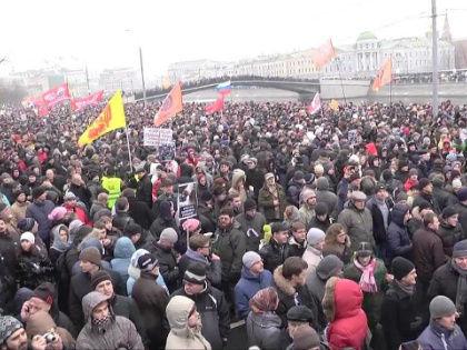 Митинг протеста на Болотной площади в Москве, декабрь 2011 года // Стоп-кадр YouTube