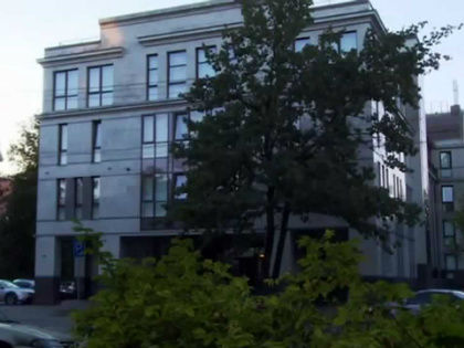 Печально известная «фабрика троллей» в Ольгино // Стоп-кадр YouTube