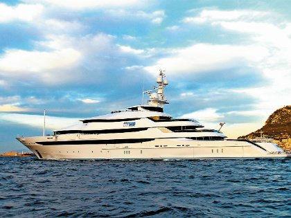 86-метровая мегаяхта St. Princess Olga // superyachttimes.com
