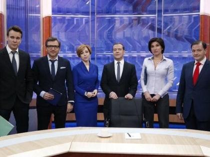 Общение с тележурналистами в прямом эфире 10 декабря 2014 года – последний подобный формат в премьерской жизни Дмитрия Медведева // Twitter