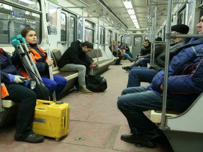 Падение мужчины под поезд метро было намеренным? //  Zamir Usmanov / Russian Look