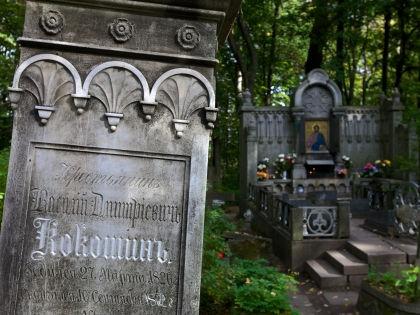 РПЦ будет добиваться перезахоронения останков в заброшенных общих могилах // Alexei Boitsov / Russian Look