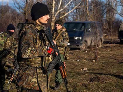 По информации наблюдателей, огонь вёлся из миномётов и танков // Джеймс Спранкли / Global Look Press