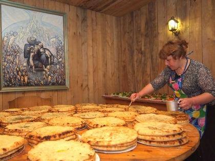 Учимся готовить вкуснейшие пироги по-кавказски // Russian Look