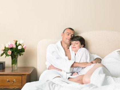 Теперь британцы отчитываются перед врачами по итогам секс-терапии // Global Look Press