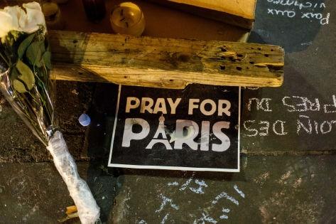 В результате атак погибли по меньше мере 140 человек // Global Look Press