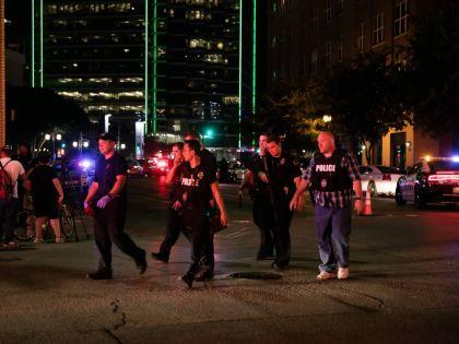 Полицейские боятся соваться в бедные районы, говорит эксперт // Global Look Press