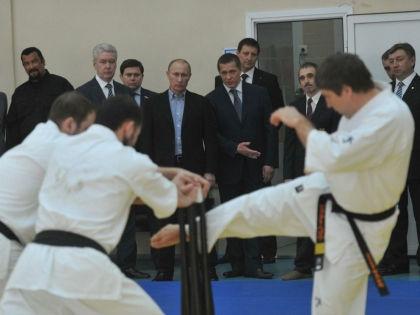 Владимир Путин и самбисты // Global Look