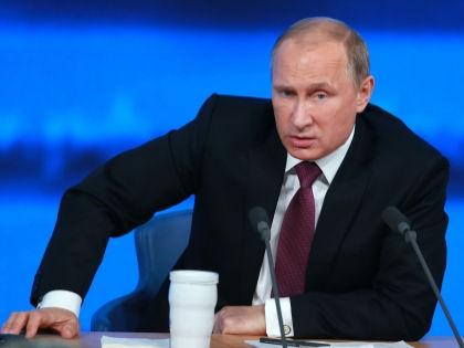 Дмитрий Орешкин: Центром политического мира и эталоном стала фигура В. В. Путина // Global Look Press