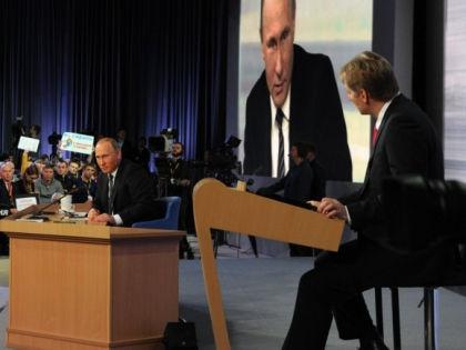 Владимир Путин и Дмитрий Песков // kremlin.ru