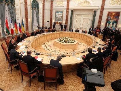 Переговоры длились около 14 часов // Global Look Press