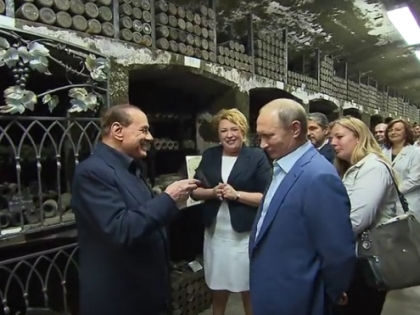 """Путин и Берлускони в """"Массандре"""" // Кадр YouTube"""