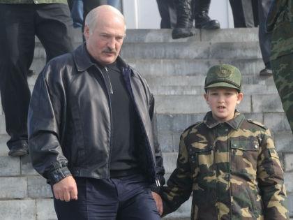 Александр Лукашенко с сыном // Russian Look