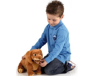 Новые детские игрушки и споют, и станцуют, и поговорят // Shutterstock