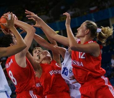 ФИБА дисквалифицировала все российкие национальные баскетбольные команды // Andrei Golovanov / Russian Look