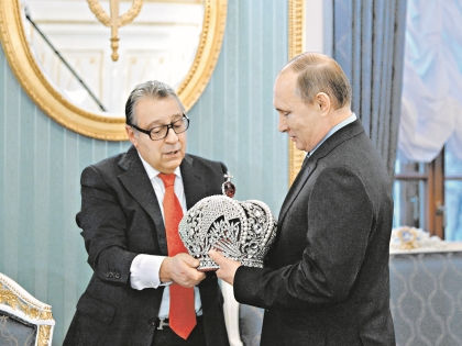 Подарок Хазанова Путину вызвал бурное обсуждение в блогосфере // РИА «Новости»
