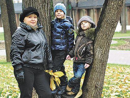 Анна Фроловцева с внуками