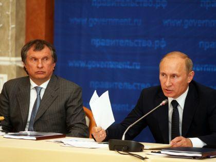 Раскрыть зарплату Сечина заставил Путин? // Interpress / Russian Look
