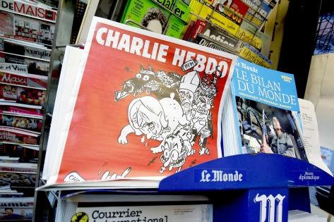 Один из терактов в ночь на 14 ноября произошел недалеко от редакции Charlie Hebdo // Global Look Press