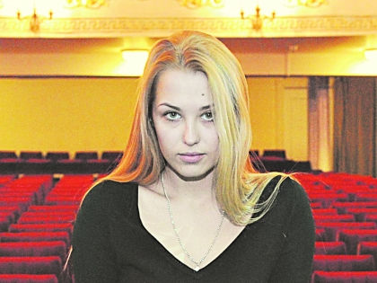 Актриса готова оголяться, материться и курить, чтобы угодить режиссеру // Андрей Струнин